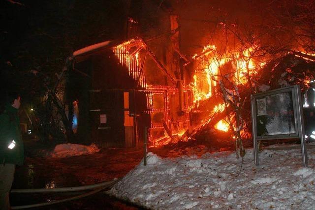 Großbrand auf dem Rosenhof – Großbrand im Kleinen Wiesental – 400.000 Euro Schaden