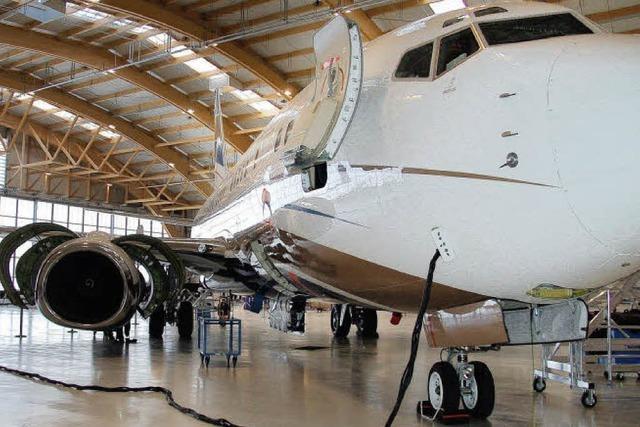 Amac Aerospace eröffnet zweiten Hangar