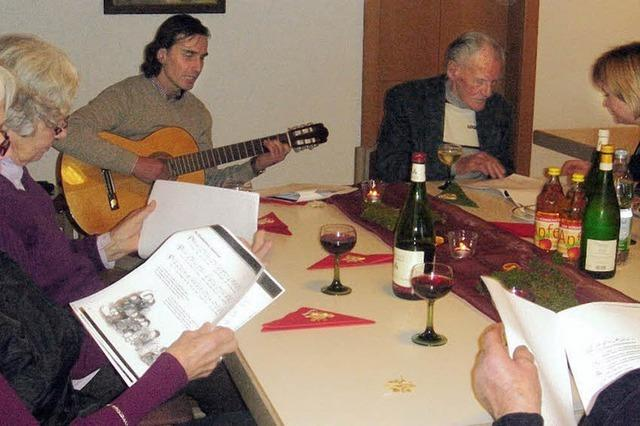 Geschichten und Gitarrenspiel