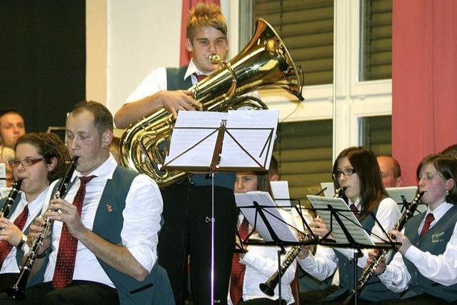 Konzertgenuss belohnt alle wetterfesten Zuhörer