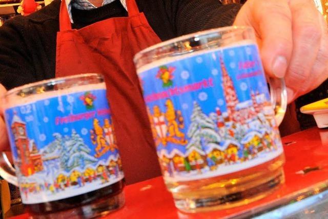 Keine Keime im Glühwein auf dem Freiburger Weihnachtsmarkt
