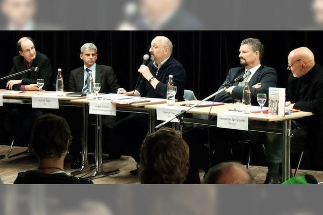 """Podiumsdiskussion am Faust-Gymnasium: """"Wir gehen mit mehr Fragen hier raus"""""""