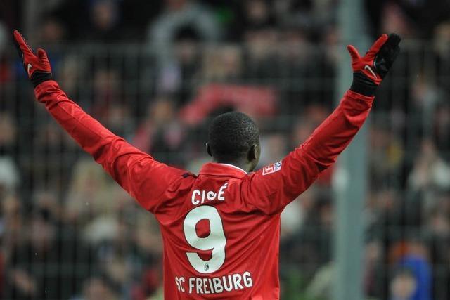 SC Freiburg mit klarem Sieg, Cissé mit skurrilem Abgang