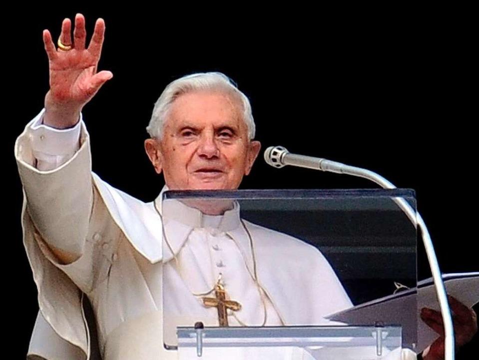 Kommt bei seiner Reise durch Deutschland auch nach Freiburg: Papst Benedikt XVI.  | Foto: dpa