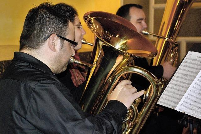 Tubaspieler eröffnen neue Klangwelten