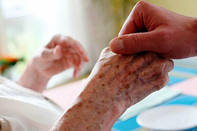 Werden ältere Menschen von Ärzten schlechter behandelt?