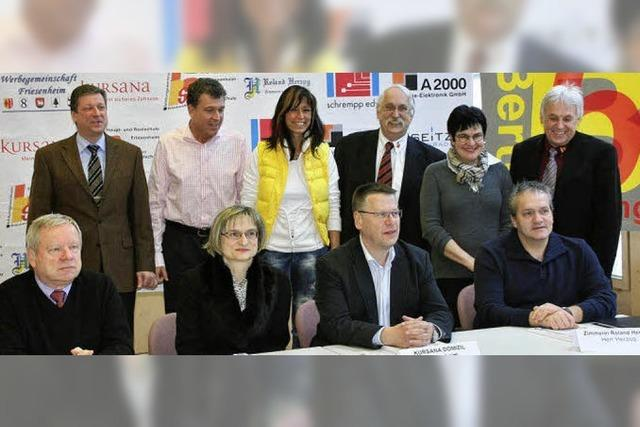 Sechs Firmen unterschreiben auf einen Schlag