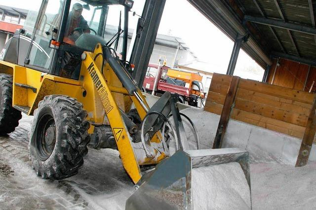 Schnee und Eis: Lahr geht jetzt schon das Streusalz aus