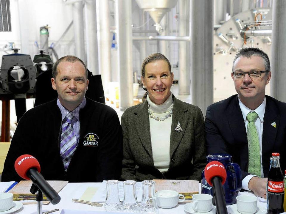 Braumeister Markus Dessecker, Katharin...ührer Detlef Frankenberger (von links)    Foto: Ingo Schneider