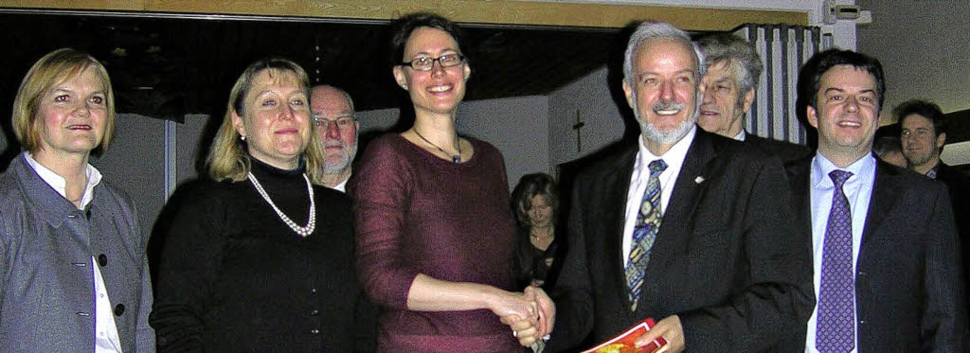 Amtseinführung, vorne von links: Amand...ürgermeister Oliver Grumber (Weisweil)  | Foto: Ute Schöler