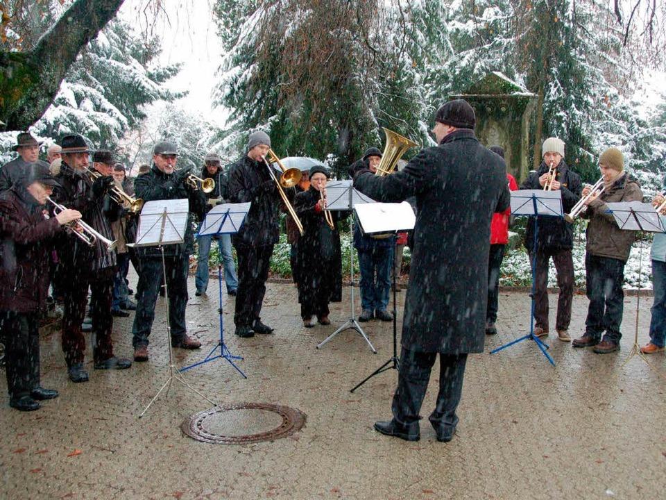 Roman Viehöver ist seit zwei Jahren Leiter des Posaunenchors.  | Foto: Sylvia-Karina Jahn