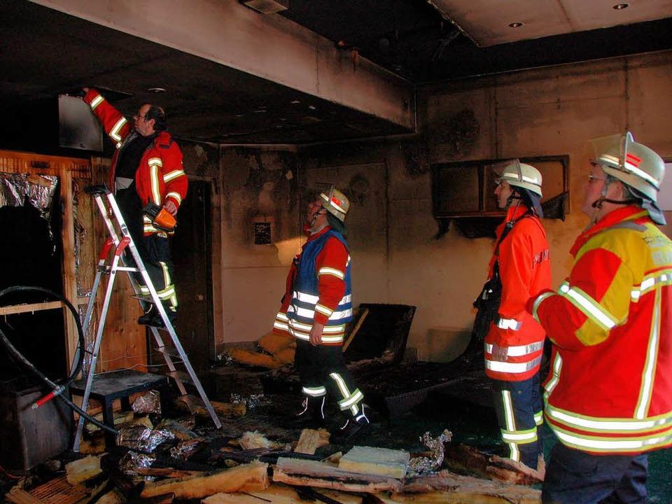 Feuer in der Sauna im Rheincenter: Die...ts) hatte die Lage schnell im Griff.      Foto: Markus Maier