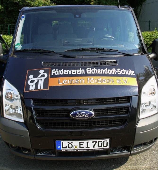 Unverzichtbar für die außerschulichen Projekte: der schuleigene Bus.    Foto: Eichendorff-Schule