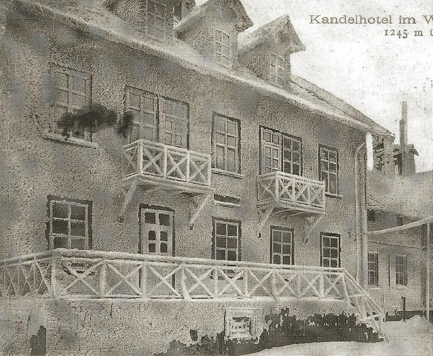 Eisiger Ausblick: Das Kandelhotel im W...ner Zeit von Max Bauer geführt wurde).  | Foto: Waldkircher Bilderbogen (1889 - 1956) Florian Ücker