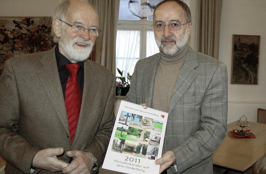 Wilhelm Hundorf (von links) und Gustav...Kalender des SPD-Ortsvereins Minseln.     Foto: Petra Müller