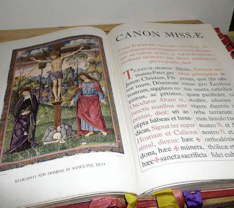 Altes Messbuch von Pfarrer Schultheiß   | Foto: Barbara Odrich-Rees