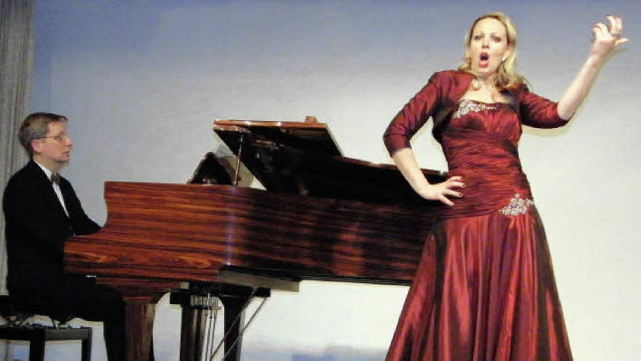 Stimmgewaltig, voller Leidenschaft und...sicher Lieder aus Opern und Operetten.  | Foto: Martha Weishaar
