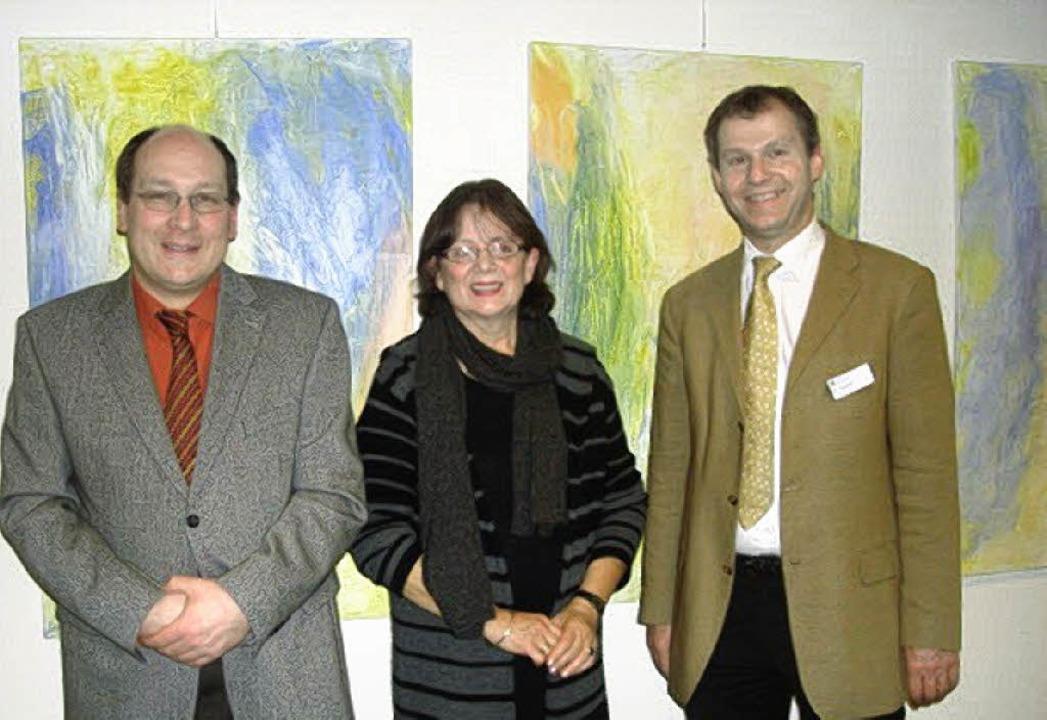 Ausstellungseröffnung mit der Klinikle...d Matthias Lebert, Verwaltungsleiter.     Foto: BZ
