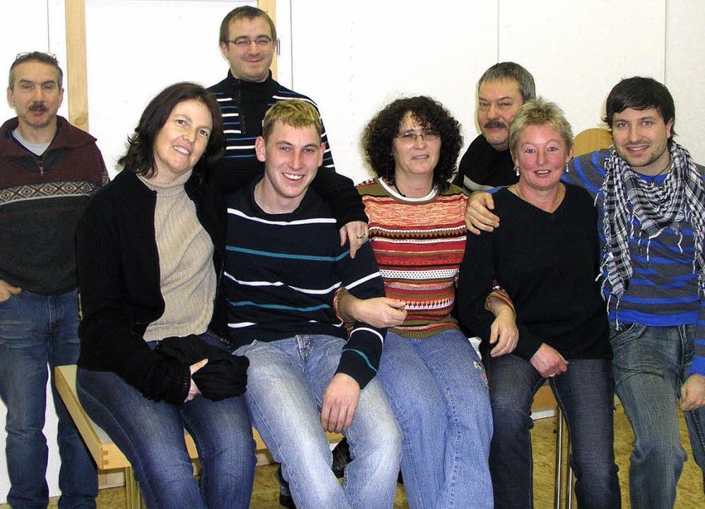 Einige neue Kräfte verstärken in diese...Markus Kühner (hintere Reihe rechts).     Foto: Rolf-Dieter kanmacher