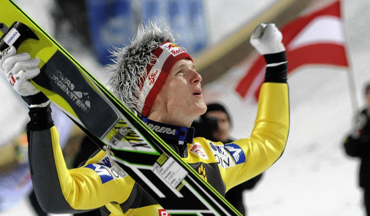 Würdiger Gesamtsieger: Thomas Morgenst...önt seine Karriere in Bischofshofen.      Foto: AFP/DPA