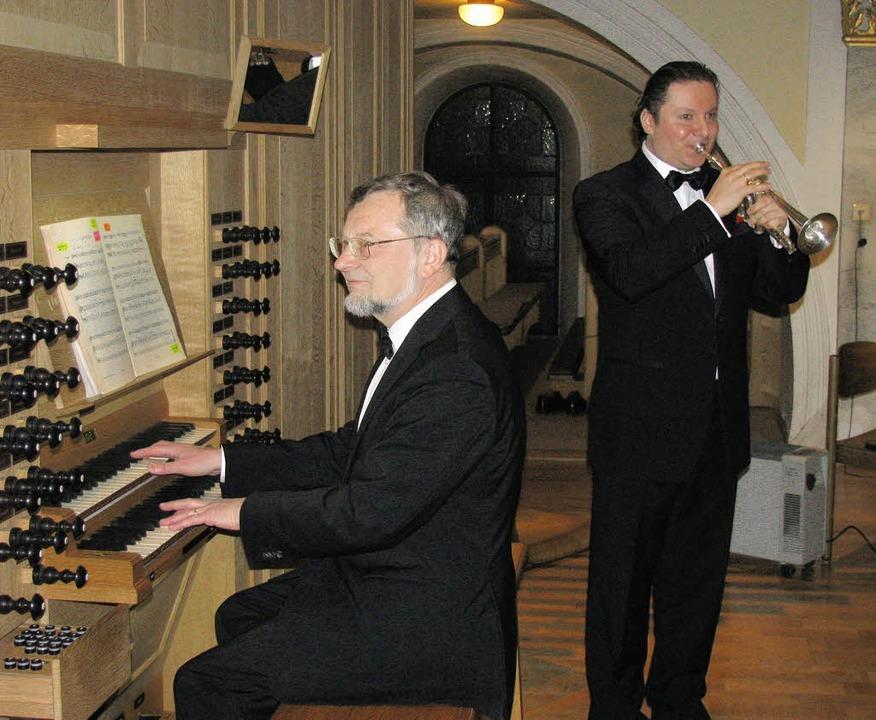 Andrei Kavalinski (Trompete) und Bernh...ert in der Wehrer St.-Martins-Kirche.   | Foto: Michael Gottstein