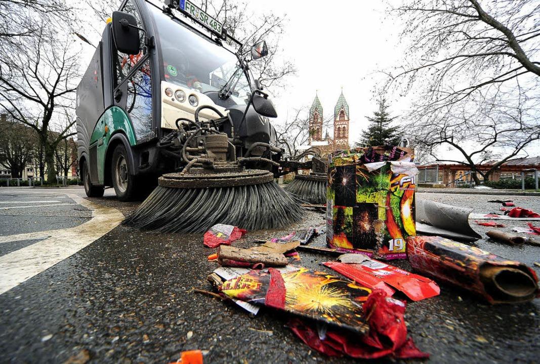 Etwa 13 Tonnen Müll hat die Freiburger...rn war der Stadtteil Stühlinger dran.   | Foto: thomas kunz
