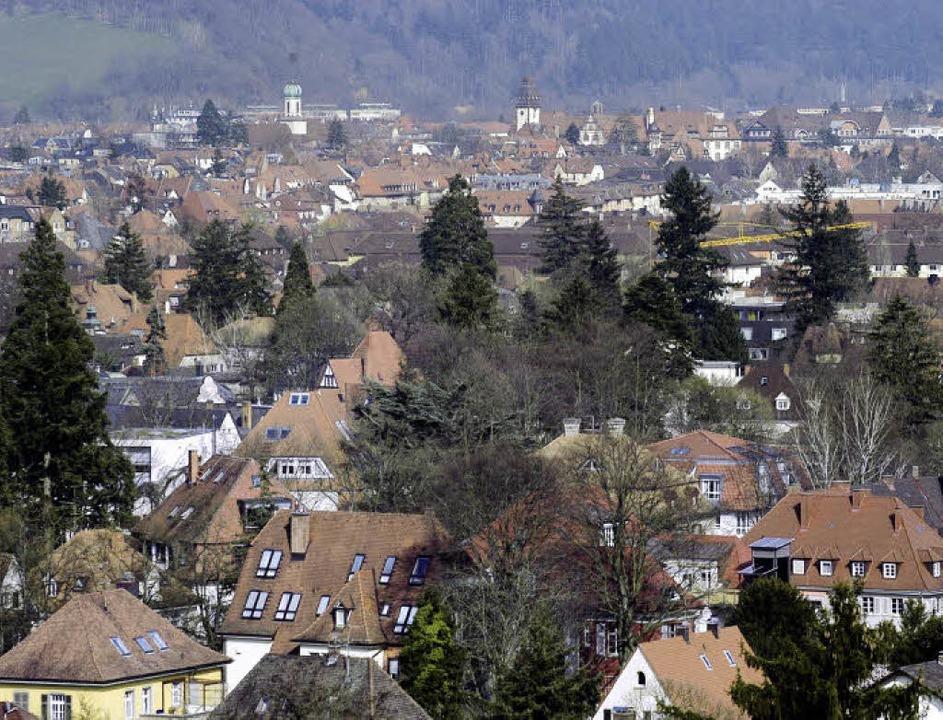 Wo, wie in Freiburg, viele Studierende...1; auch wenn manche viel Platz haben.   | Foto: ingo schneider