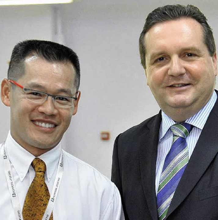 Hong Han Tanh führte den Ministerpräsi... durch die von ihm aufgebaute Fabrik.   | Foto: Privat