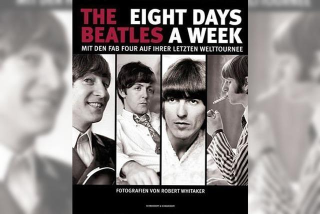 BILDBAND: Die Beatles hinter der Bühne