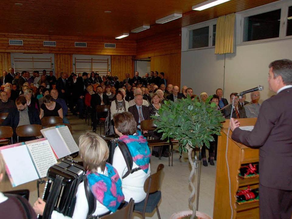 Der Akkordeon-Spielring gab dem Empfan...tenheim eine musikalische Untermalung.  | Foto: Manfred Frietsch