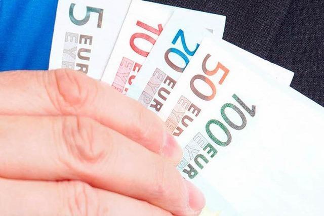 Ehepaar betrügt zwei Pfarrer um 95.000 Euro