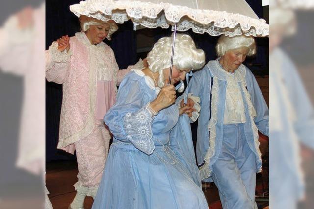 Akrobatik, Tanz und Musik für die Senioren