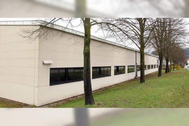 Kunststoffbetrieb will nach Wallbach