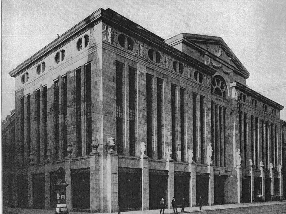 Das Karlsruher Stammhaus der Firma &qu...tenden deutschen Warenhausarchitekten.  | Foto: Wirtschaftsarchiv Stuttgart-Hohenheim