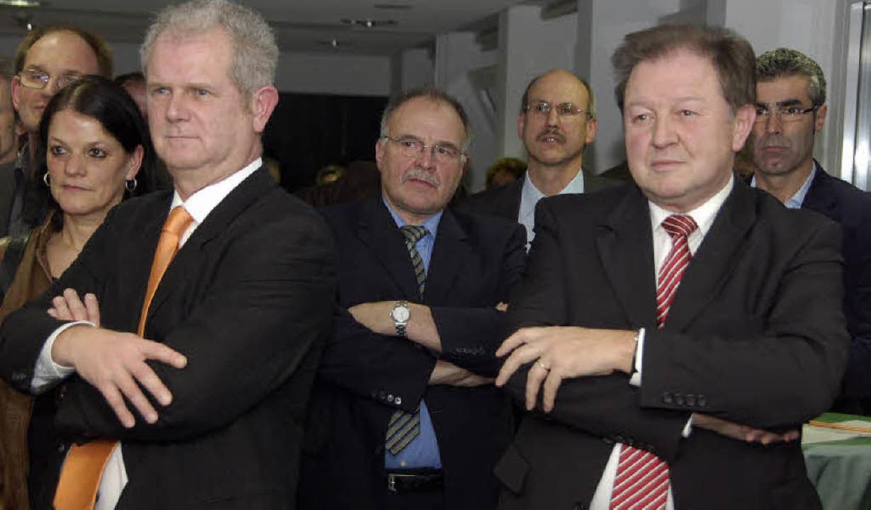 Aufmerksam   lauschten die zahlreichen...berbürgermeister Eberhard Niethammer.   | Foto: Ingrid Böhm-Jacob