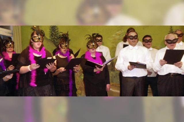 Premiere für Männerchor mit Damen