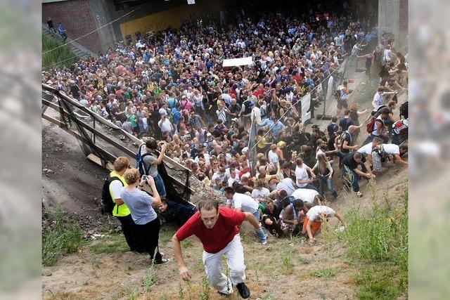 Loveparade-Katastrophe: 16 Personen im Visier