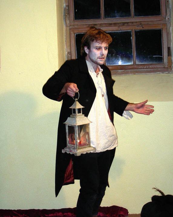 Heimleuchten muss Jack O´Lantern  der ...ielt von Jörg Nadeschdin, eine Bühne.   | Foto: mario schöneberg