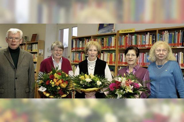 Mitarbeiterinnen der Bücherei verabschiedet