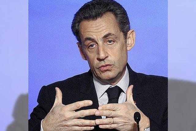 Sarkozy sagt Spekulation den Kampf an