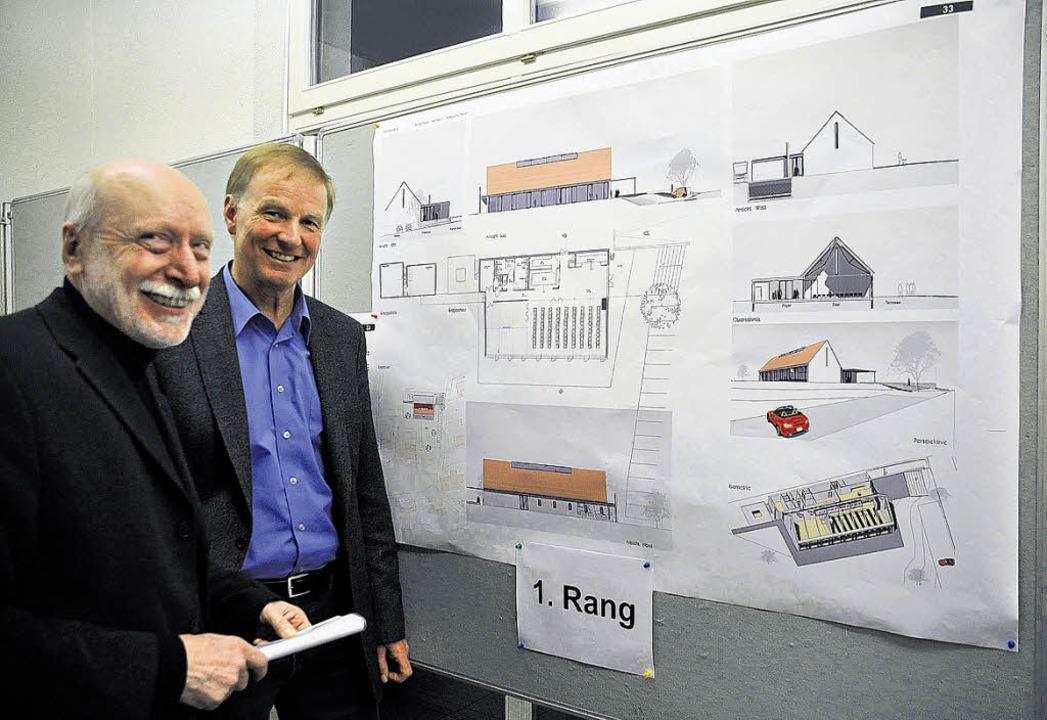 Der Weilheimer Architekt Rainer Grübne...heims Bürgermeister Roland Arzner.      | Foto: Bingold