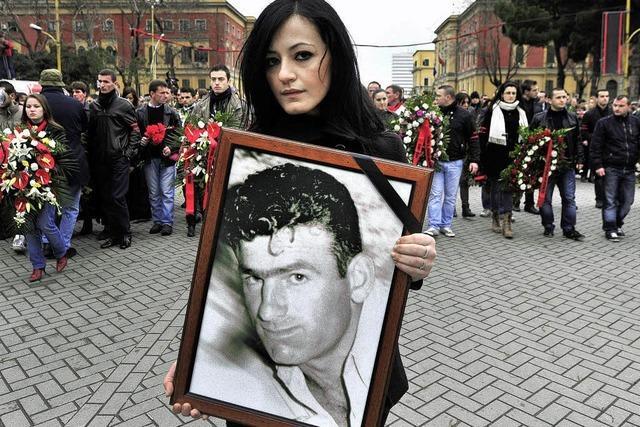 Albaner trauern um Getötete