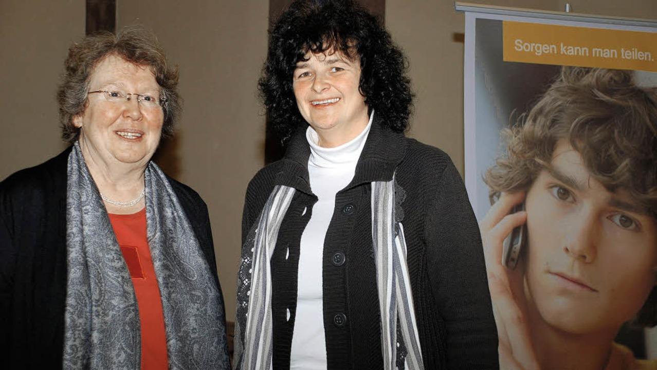 Die beiden hauptamtlichen Leiterinnen ...bach-Heck (links) und Gisela Ehrhardt.  | Foto: Siefke