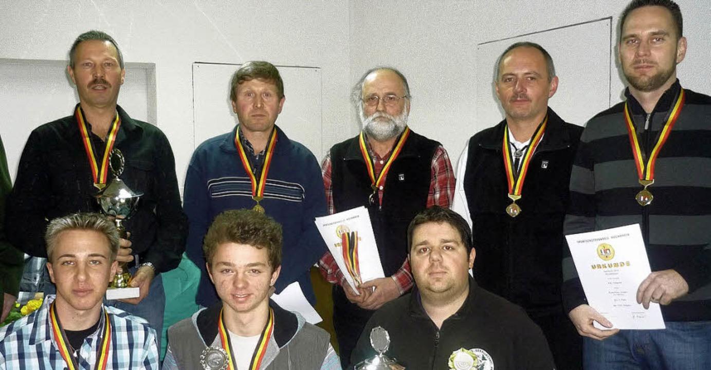 Die Sieger der verschiedenen Schützenw...er (Albbruck) und Giovanni Jani (Wehr)    Foto: Felicitas Rohrer (froh)