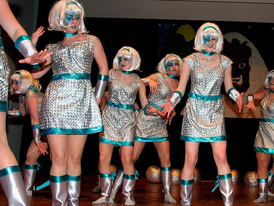 Techno-Tanz von der Tanzgruppe der Shaolin-Kung Fu Akademie Elzach.  | Foto: Karin Heiß