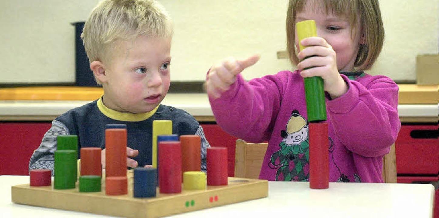 Kinder mit  Down-Syndrom, wie dieser J...inderung nicht so offensichtlich ist.   | Foto: ddp