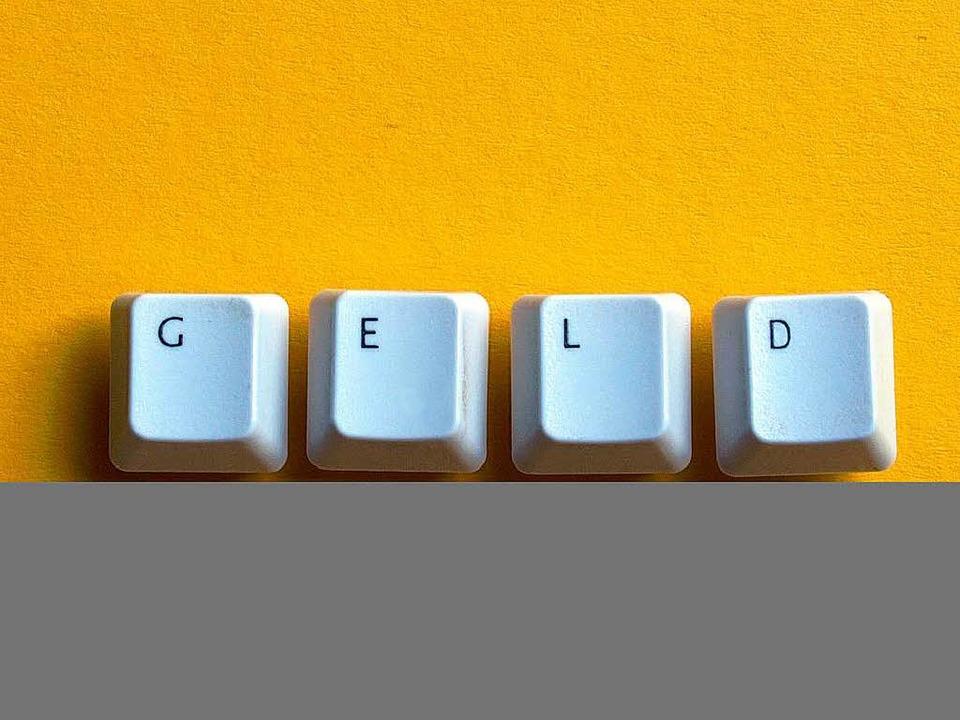 Geldgeschäfte per Knopfdruck – das Internet macht es  möglich.   | Foto: Fotos: Photocase.de/Sir Alex, pr (2)