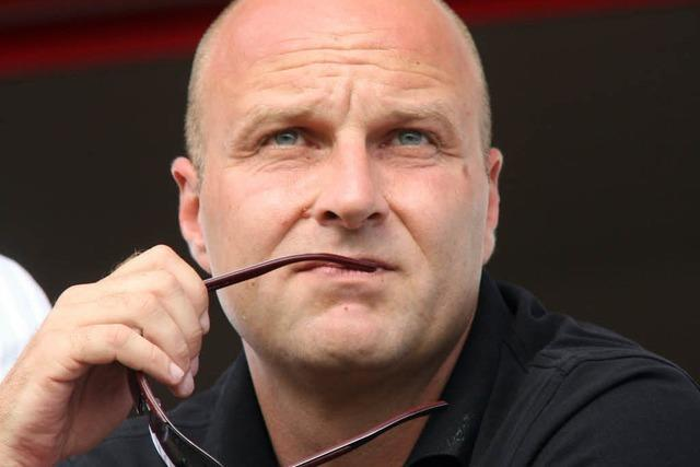 Sportdirektor Dirk Dufner verlängert beim SC Freiburg bis 2014