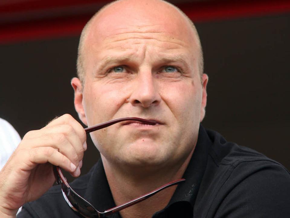Dirk Dufner muss beim SC Freiburg mit ...or seinen Vertrag bis 2014 verlängert.  | Foto: Seeger