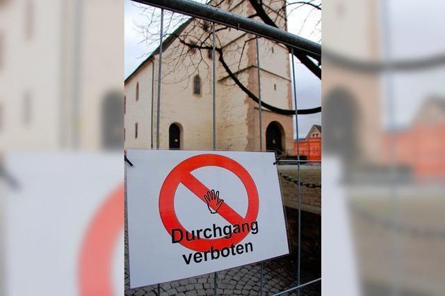 Vorsicht: Ziegelschlag an der Martinskirche